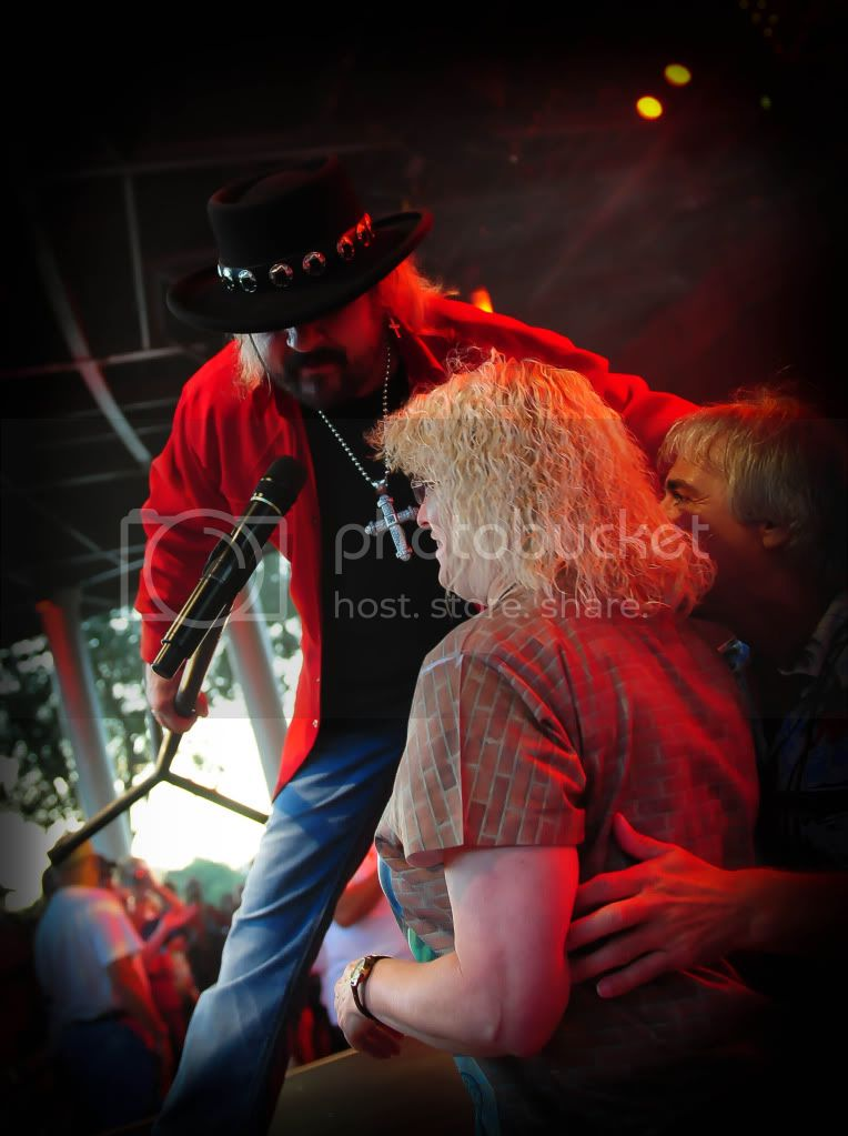 Donnie Van Zant - Ginny Oakes & Me - Singing (38 Special photo DonnieVanZantGinnyMeSingingStageside.jpg